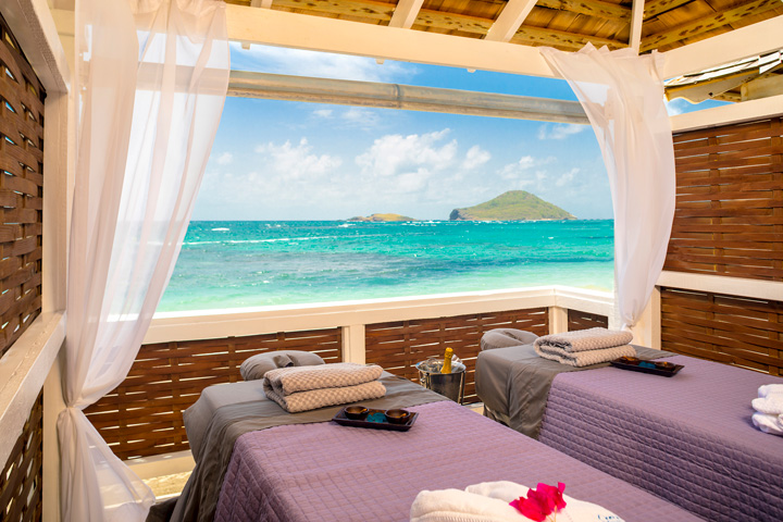 Kai Mer Tranquility in an Oceanfront Spa Cabana